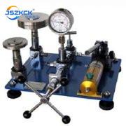 液压活塞式压力计